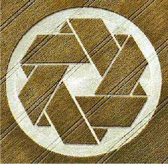 Hexagonal ribbon crop circle